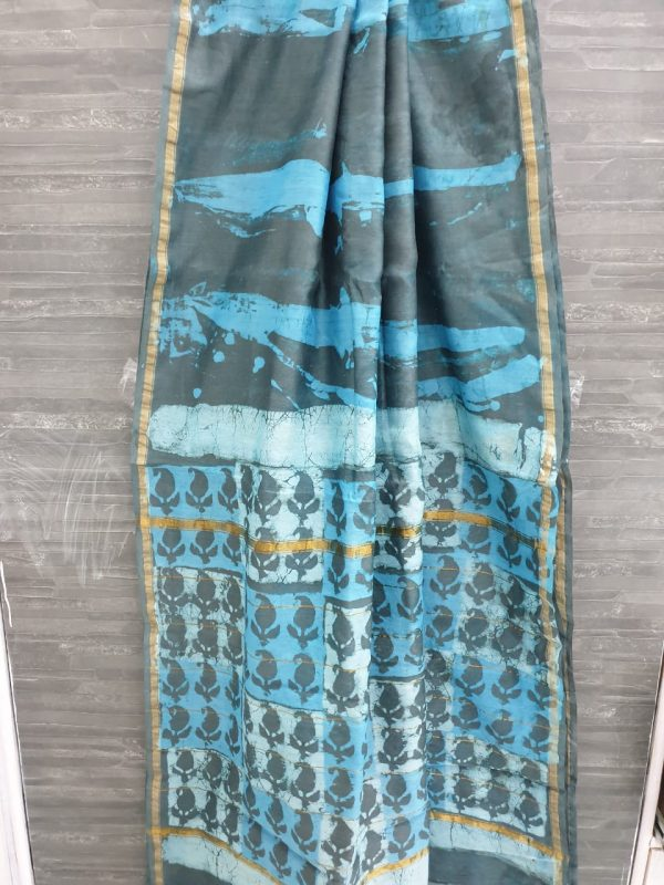 Baby blue and gray chanderi silk saree in rapid print with blouse