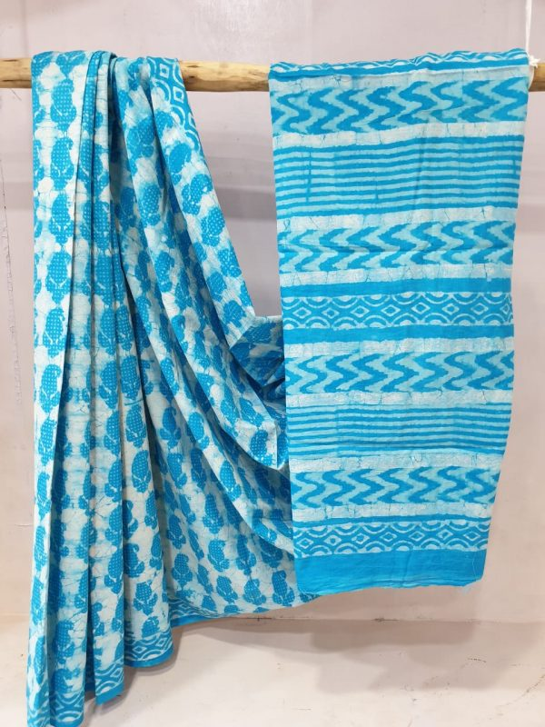 Daily wear Cyan and Pink cotton mulmul saree with blouse