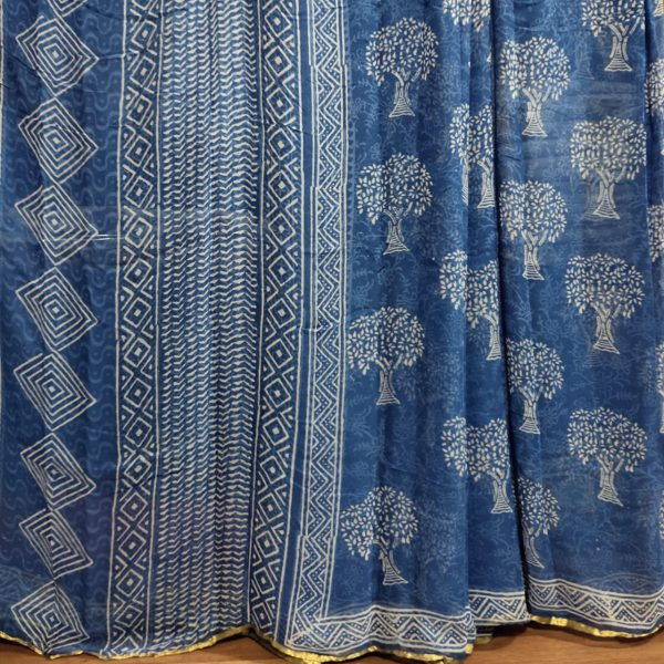 Sapphire beautiful Chiffon saree with blouse