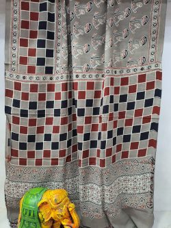 Silver Cotton mulmul saree with blouse
