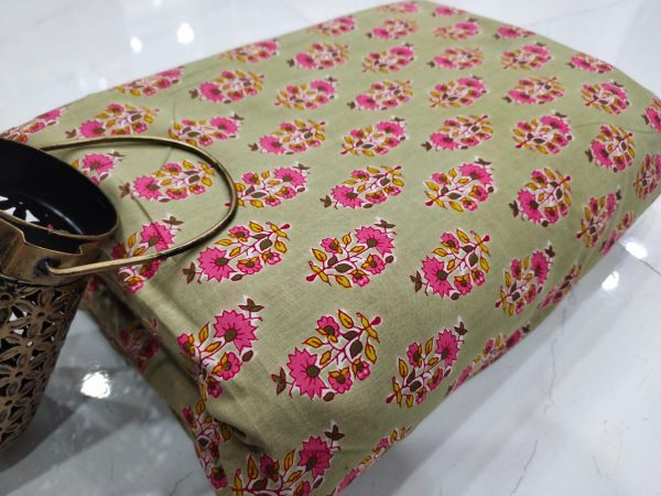 Jungle green floral print pure cotton running material set