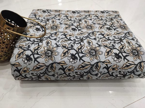 Silver floral print rapid print pure cotton running material