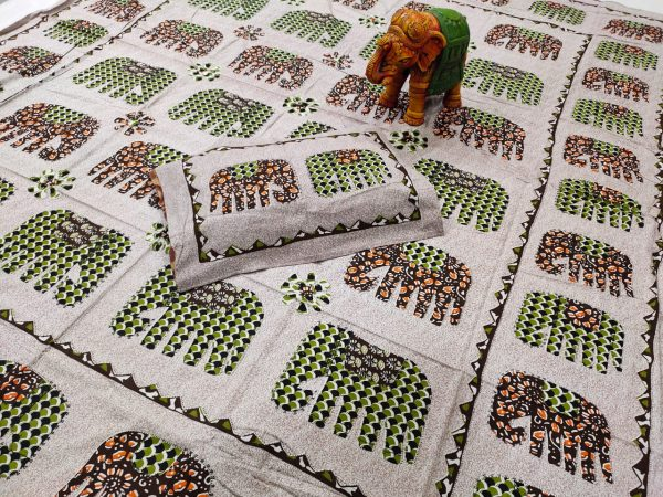 Silver Cotton double size bedsheet 90/108 inch