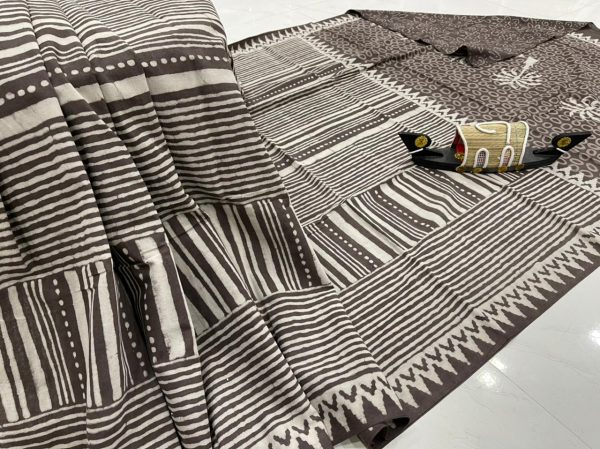 Taupe daily wear cotton sarees with blouse