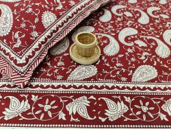 Maroon bedsheet with 2 pillow cover